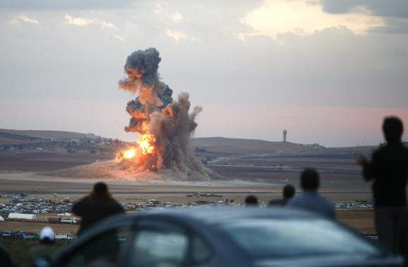 US, allies staged 25 air strikes on Islamic State fighters in Iraq, Syria: Joint Task Force