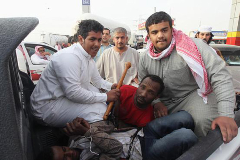 Saudia Arabia orders to shoot people crossing land, sea borders illegally
