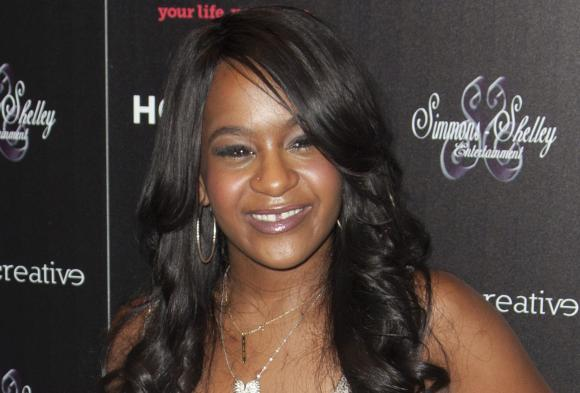 Removed from ventilator, Bobbi Kristina Brown's condition unchanged