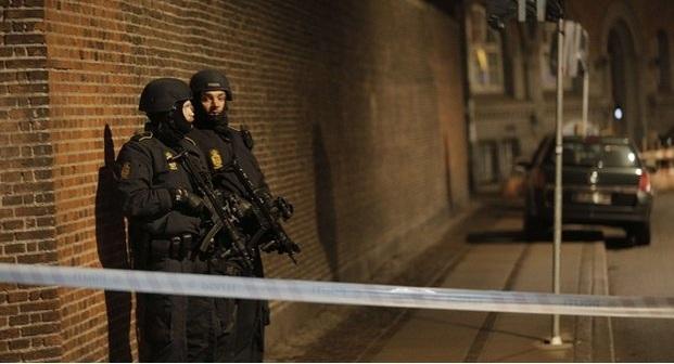 Copenhagen shootings: Police kill 'gunman' after two attacks