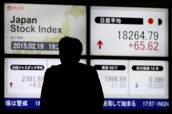 Japan stocks extend rally, upbeat data supports dollar