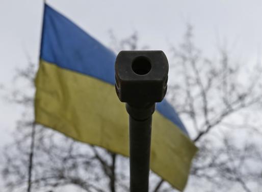 Kiev accuses Russia of sending more tanks to east Ukraine