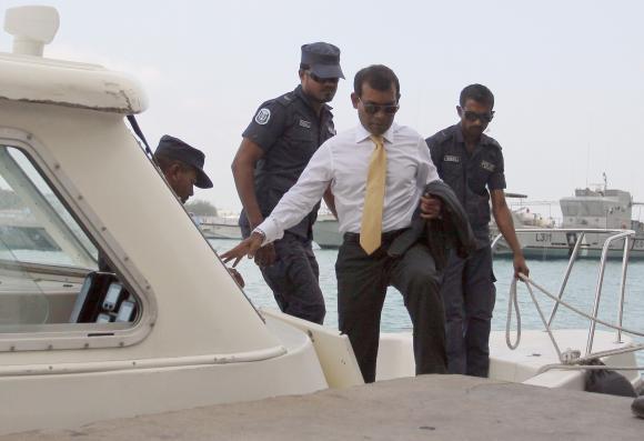 Maldives ex-president's detention extended; US concerned
