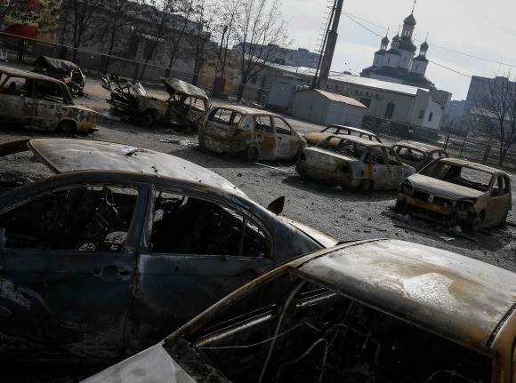 Pro-Russia rebel build-up near port city alarms Ukraine military