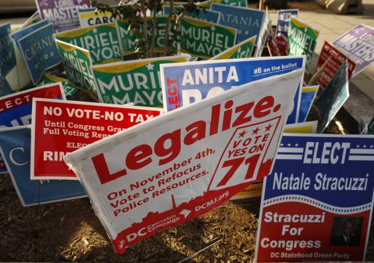 Legal marijuana begins in Washington as 'green rush' is on