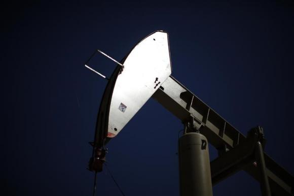Oil falls as rising US inventories continue to weigh