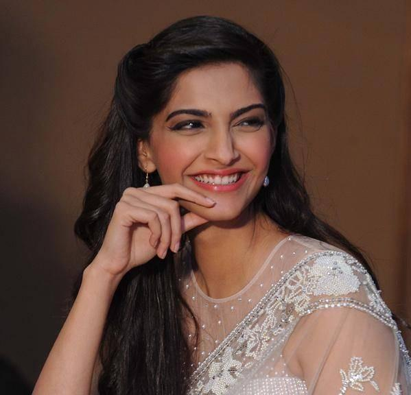 Sonam Kapoor earned a  million dollar salary, leaving the net worth at 2 million in 2017