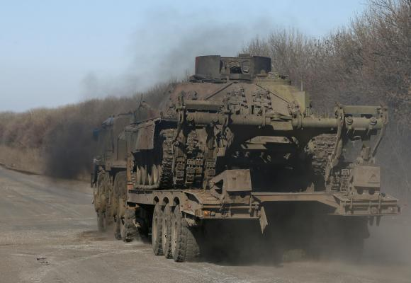 Rebels say they start withdrawing weapons in east Ukraine