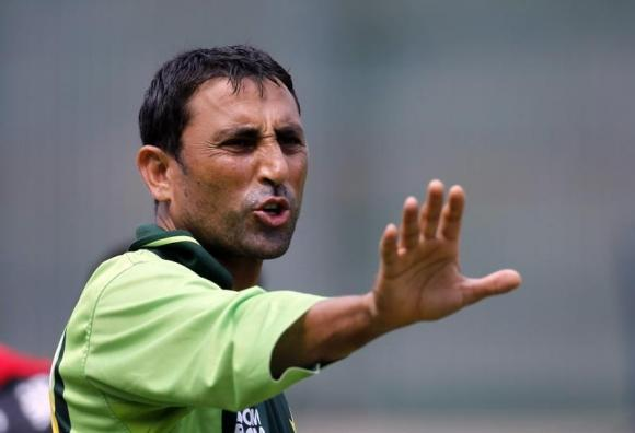 Pakistan fret over non-performing asset Younis Khan