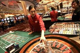 China to crack down on foreign casinos seeking Chinese gamblers