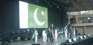 Pakistan fans stood up in joy as artists performed on local songs.