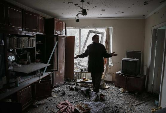 Ukraine rebels disavow ceasefire at encircled town