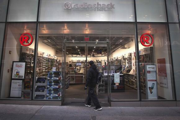 RadioShack files for bankruptcy; Sprint to take over some stores