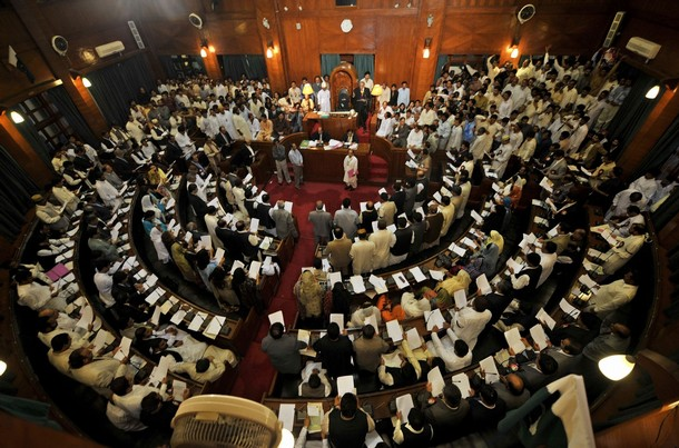 Sindh Assembly adopts Consumers Protection Act amid ruckus