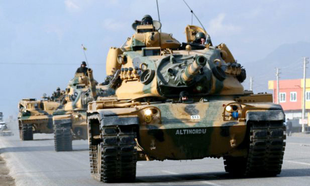 Turkish tanks enter Syria to evacuate soldiers guarding tomb