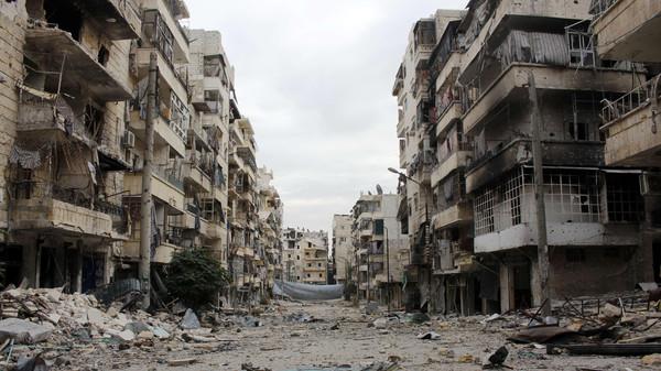 Dozens escape Islamic State-run jail in Syria: monitor
