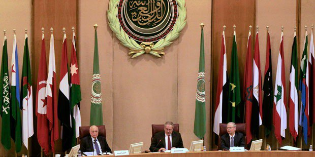 Arab leaders confronted with multiple crises at summit
