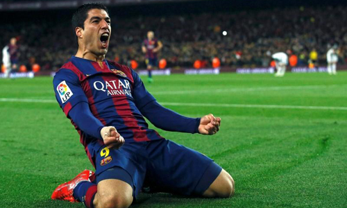 Lethal Suarez gives Barcelona 2-1 win over Real