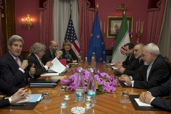 Facing resistance, US pushes to meet deadline for Iran deal