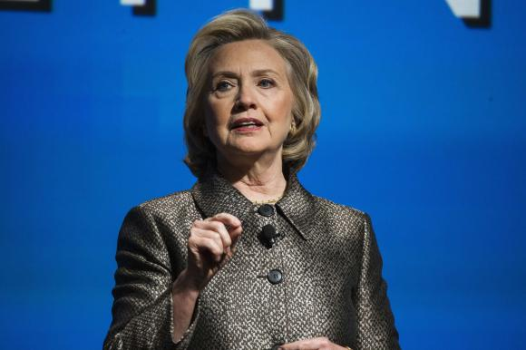 Clinton says used personal email account for convenience