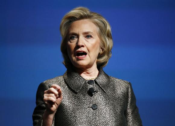 Hillary Clinton to address email use after UN remarks: reports