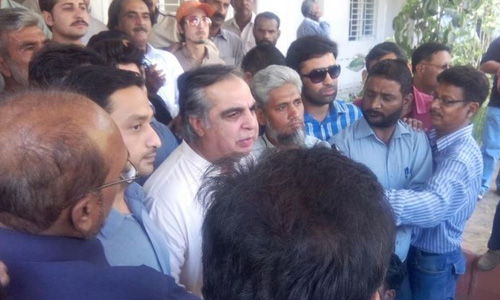 We will smash idols of fear in Karachi, says PTI leader Imran Ismail