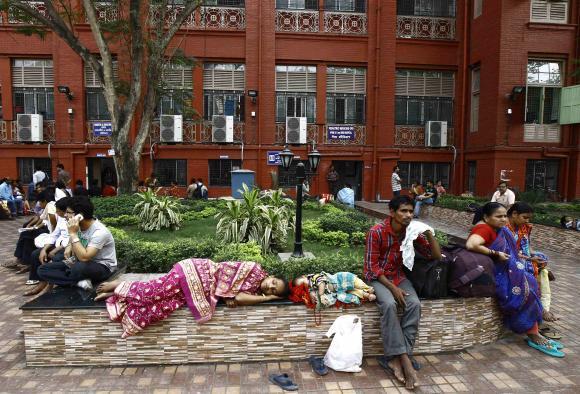 Payment delays dent India's health, AIDS programmemes