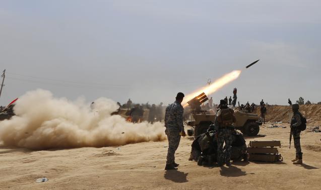 Iraqi troops, militia make advances near Tikrit