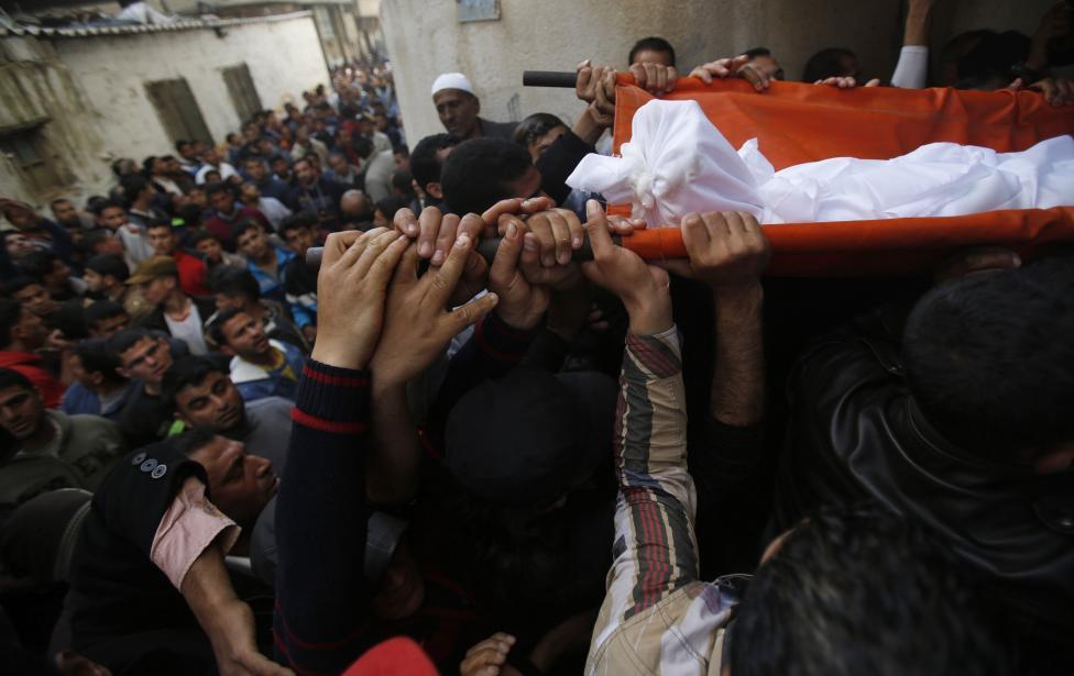 Israel fires at Gaza boats, kills Palestinian fisherman