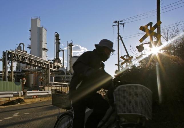 Japan industrial output decline raises doubts about domestic demand