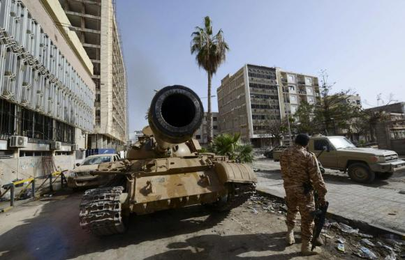 Libyan government forces attack Tripoli airport