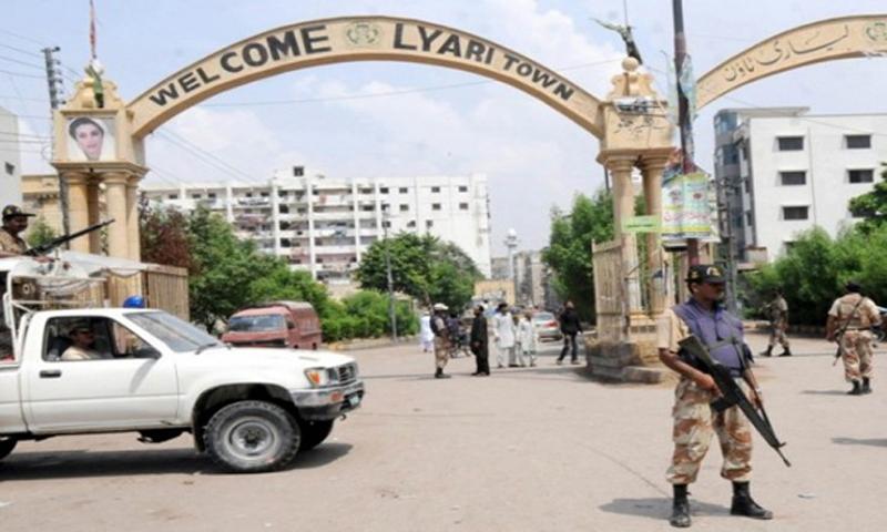 Child killed, 7 injured in grenade attack in Liyari