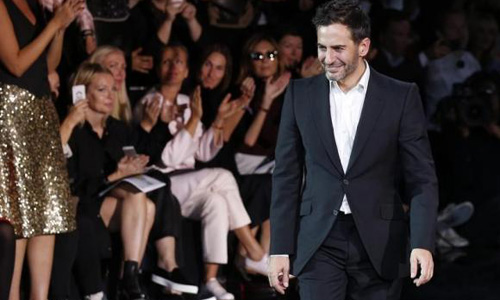 Marc Jacobs switches to single label