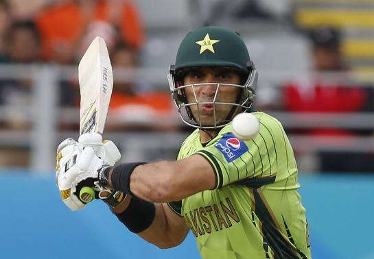 Sarfraz equals record as Pakistan score 29-run victory against Proteas