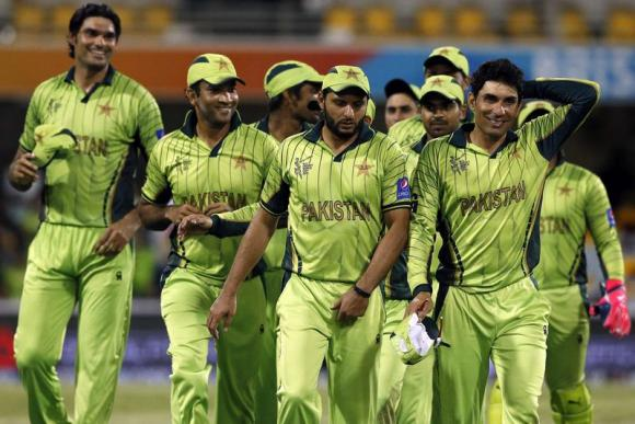 Pakistan skipper Misbah warns players of hectic make-or-break week