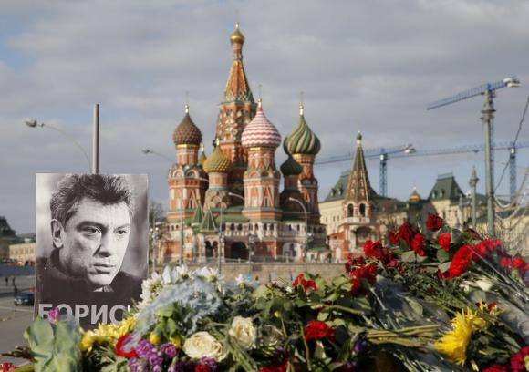 Two charged with Nemtsov killing include former Chechen policeman
