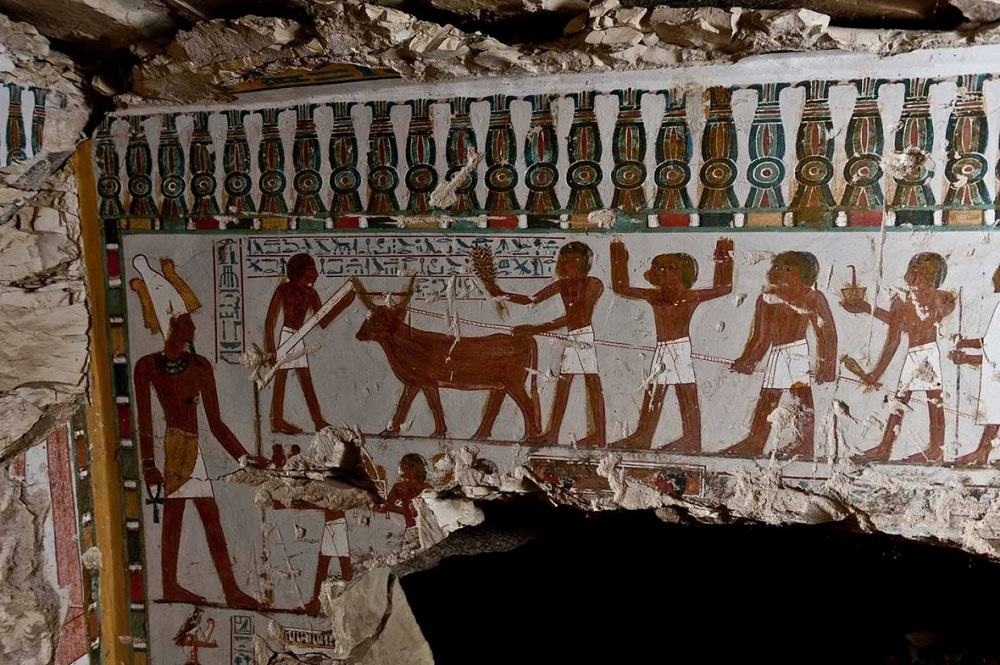 Archaeologists find ancient tomb of temple guard in Egypt's Luxor