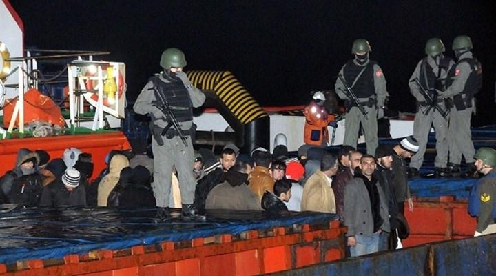 Turkey seizes cargo ship carrying hundreds of Syrian refugees