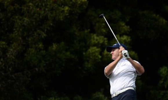 Home comforts, but no pressure, for Walker in Texas