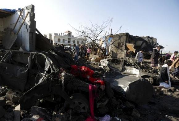Pakistan evacuates hundreds during pause in Yemen strikes: Saudi official