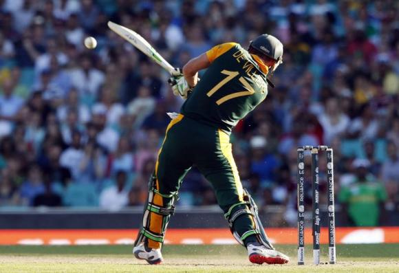 De Villiers  is the Neo of the cricketing world, says Steyn