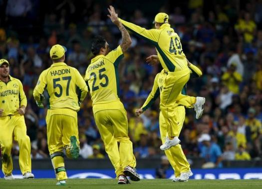 Smith shines as Aussies down India byto reach World Cup final