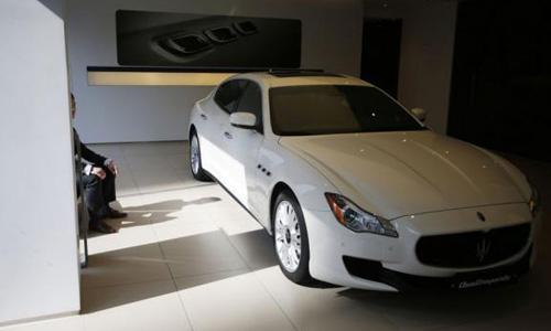 With BMWs common in Gangnam, Koreans splurge on Bentleys, Maseratis