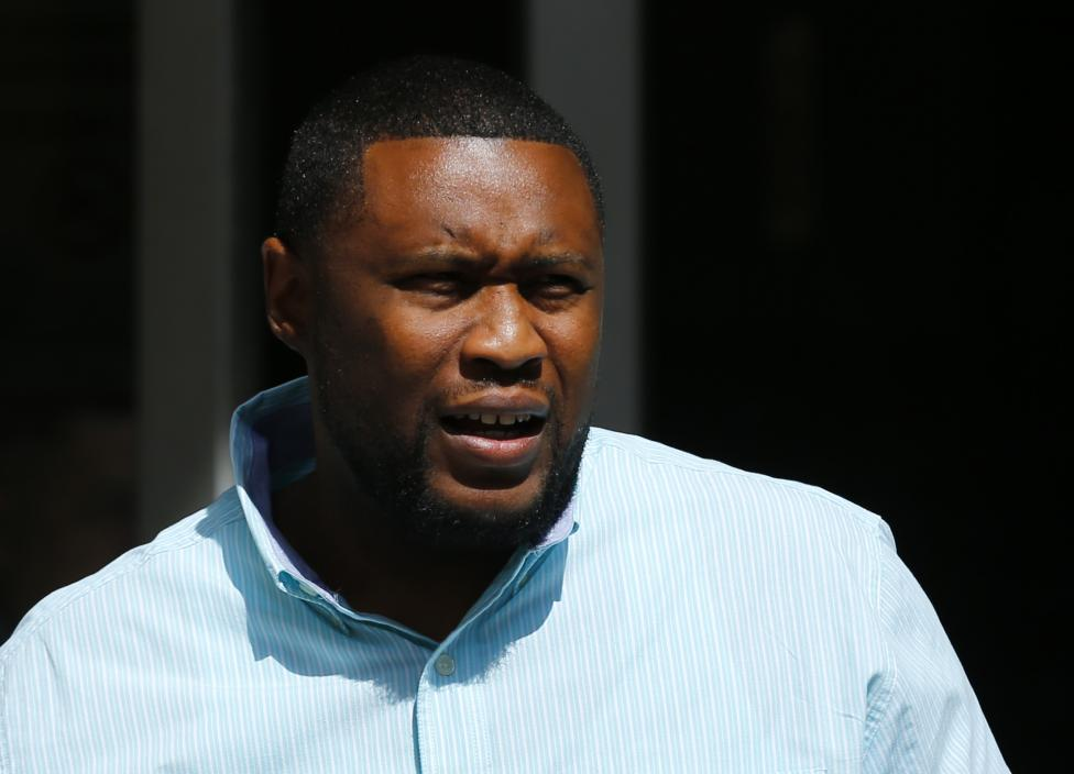 Judge dismisses gang conspiracy case against rapper