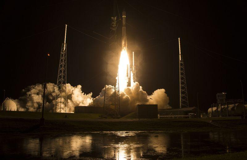 Rocket blasts off with NASA magnetic field probes