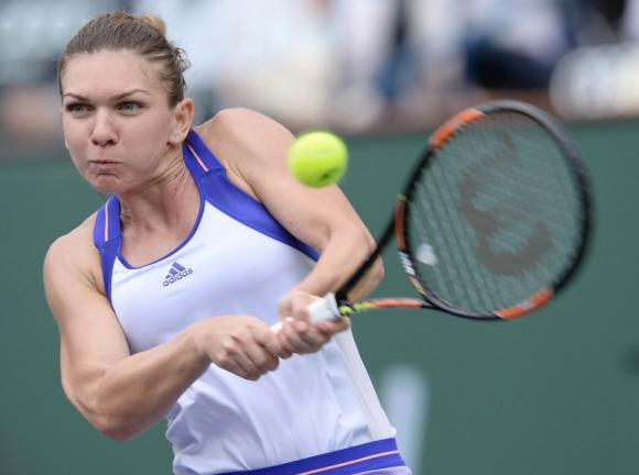 Halep first into Indian Wells semi-finals