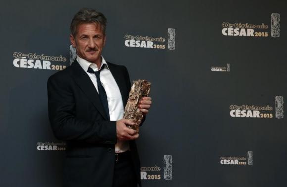 A Minute With: Sean Penn on 'Gunman,' Haiti and superheroes