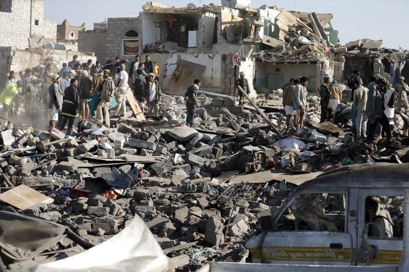 13 die as Saudi Arabia, allies launch air-strikes against Yemeni Houthi fighters