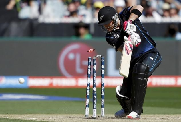 Skipper McCullum out for third-ball duck as New Zealand struggle to make mark in final