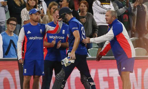 Shattered England prepare to get back on the horse